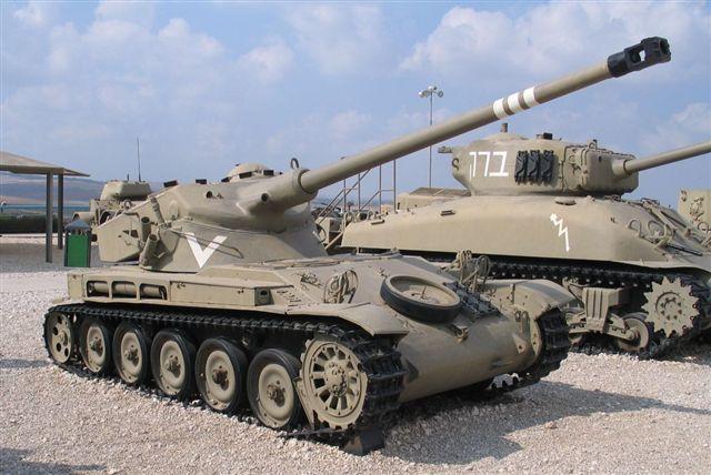 AMX 13/75 in 1:35 Amx-1310