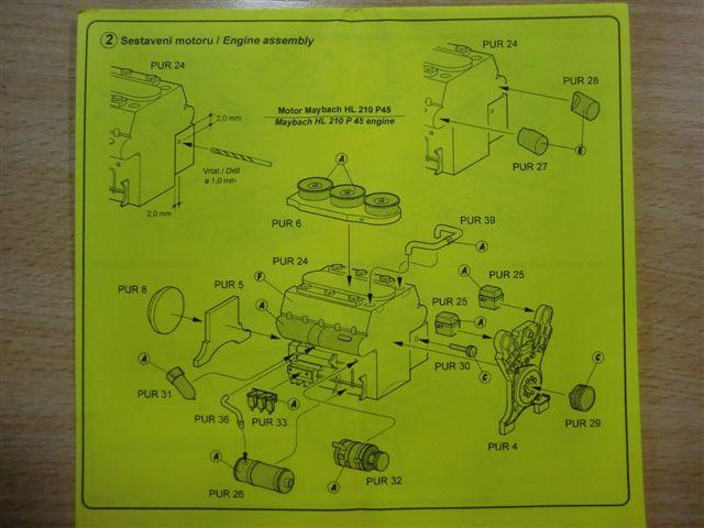Motor und Motorraum für den Tiger I / Sturmtiger Cimg2973