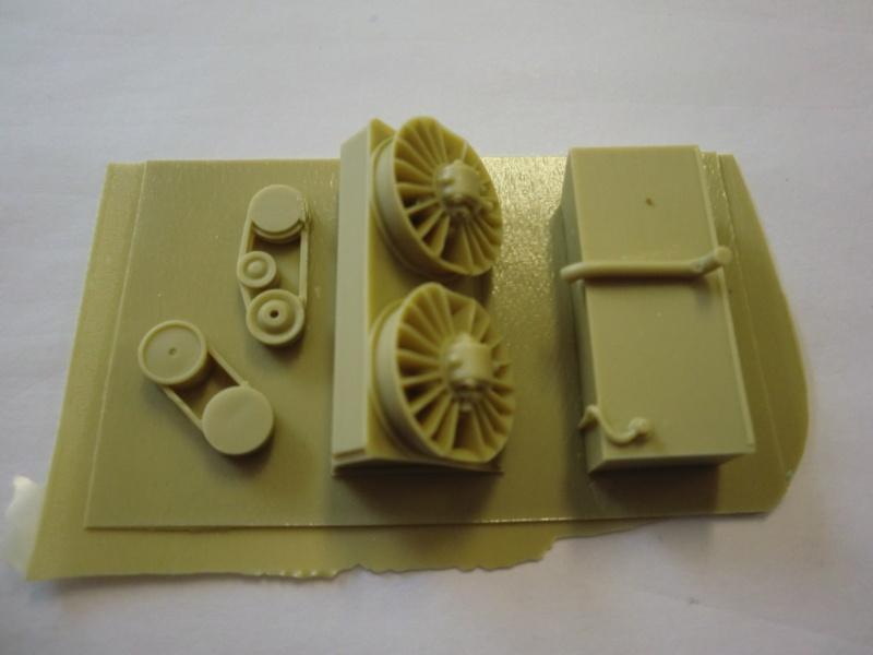 Panzer IV Engine & Compartment Set Cimg3841