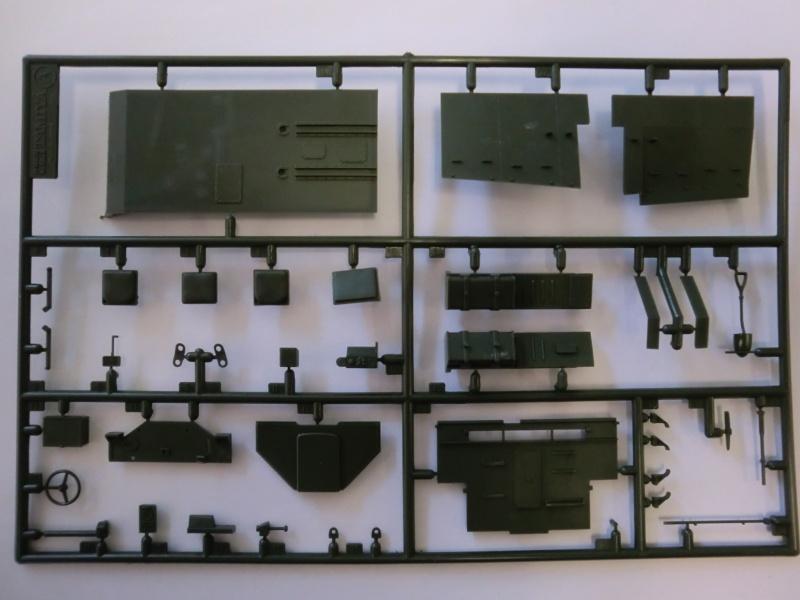 British Universal Carrier Mk.II in 1:35 Cimg3995