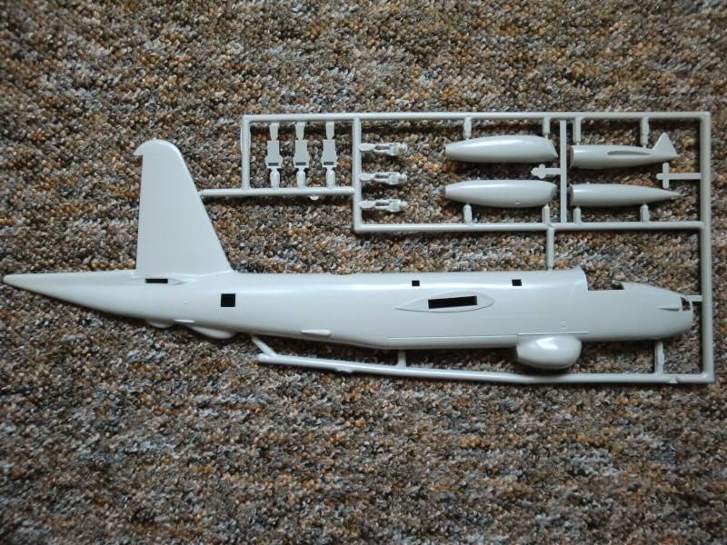 Lockheed P2 V-7 Neptune in 1.72 Cimg4066
