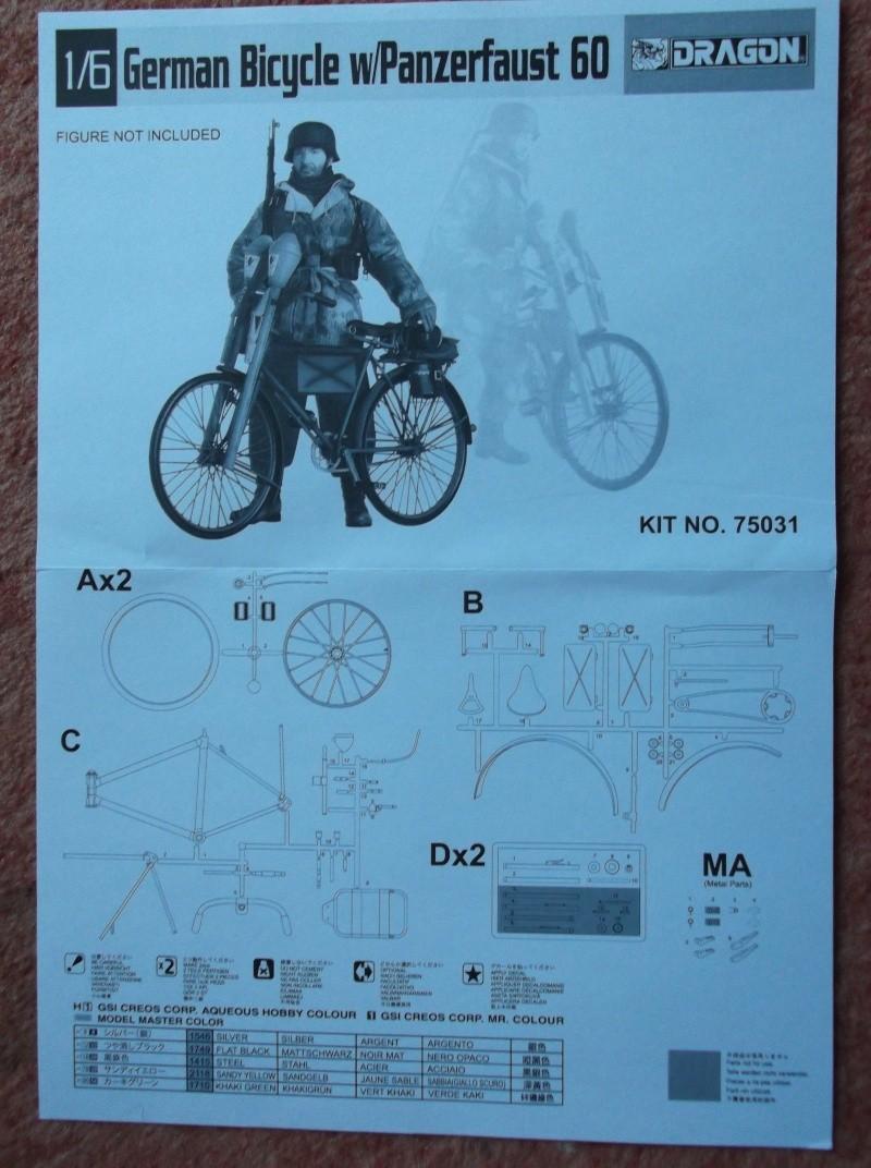 German Bicycle w/ Panzerfaust 60 1:6 von Dragon Dscf0941