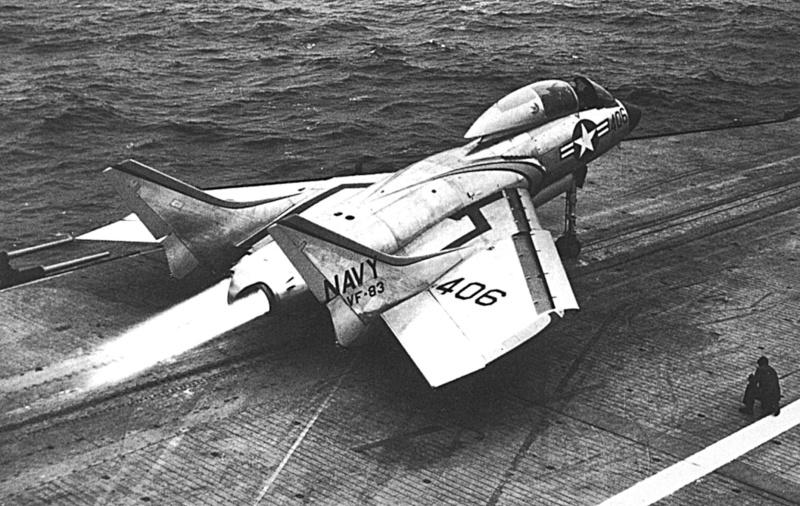 """Vought F7U-3 """"Cutlass"""" in 1:72 F7u-3m10"""