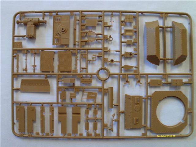 Aufklärungspanzer 38 (t) Sd.Kfz 140/1 in 1:35 Imag0016