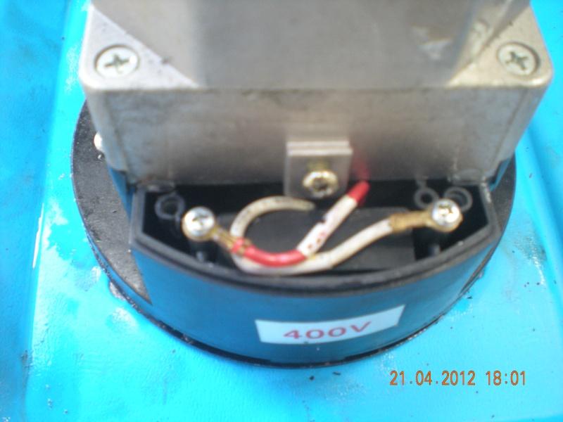 Acquisition et branchement d'une scie à ruban pour métaux Dscn2815