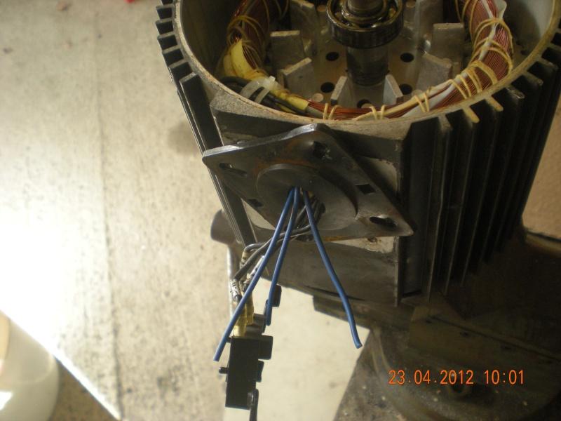 Acquisition et branchement d'une scie à ruban pour métaux Dscn2824