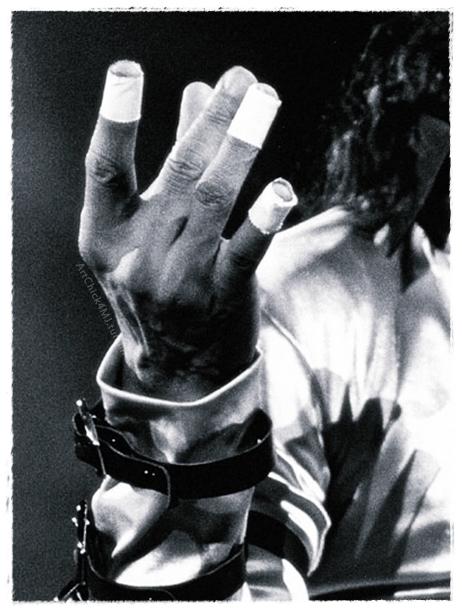 Le mani di Michael - Pagina 23 Fxtj7a10