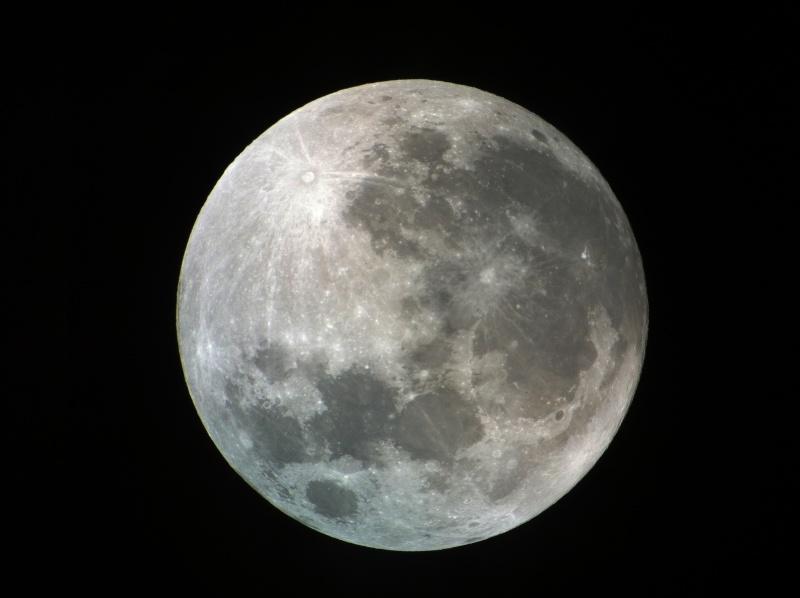 La Lune - Page 19 Img_1310