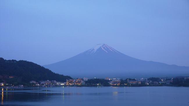 """Imagen: Un panorama con el """"Monte Fuji"""" tras la puesta de sol Mt-fuj10"""