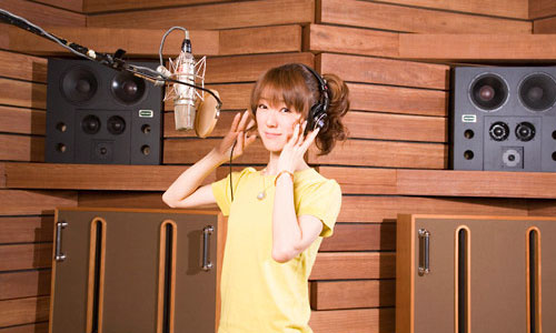 "Seiyuu ""Rie Kugimiya"" lanzara su primer álbum original Rie-ku10"