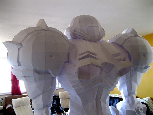 Papercraft gigante escala real de Seamus Aran de Metroid Prime Seamus11