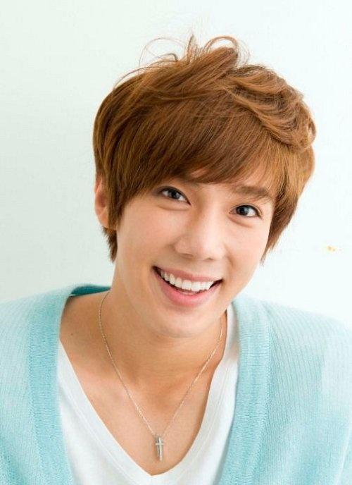 [2012-07-31][artículo] Jung Min queda libre del contrato con CNR O0500026