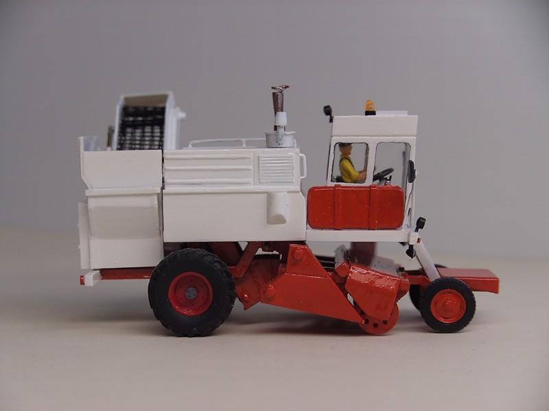 Meine Um-und Neubauten von Landmaschinen KS6 075110