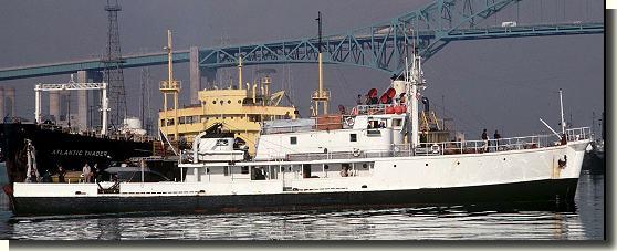 piani  -scr - la Calypso di cousteau autocostruita su piani museo della marina parigi Coustc10