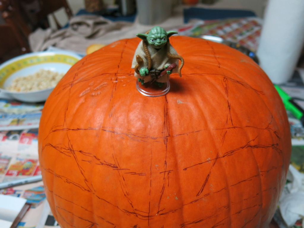 THE 4th ANNUAL TXI STAR WARS PUMPKIN CARVING CONTEST Img_4316