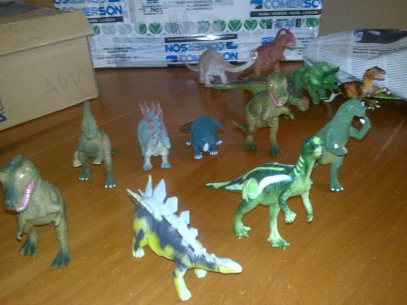 Vendo modellini Disney Dinosauri 30062040