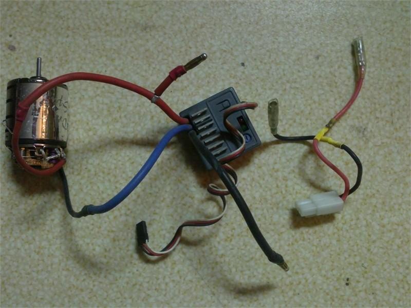Variateur electronique + moteur brushed 12T 23042010