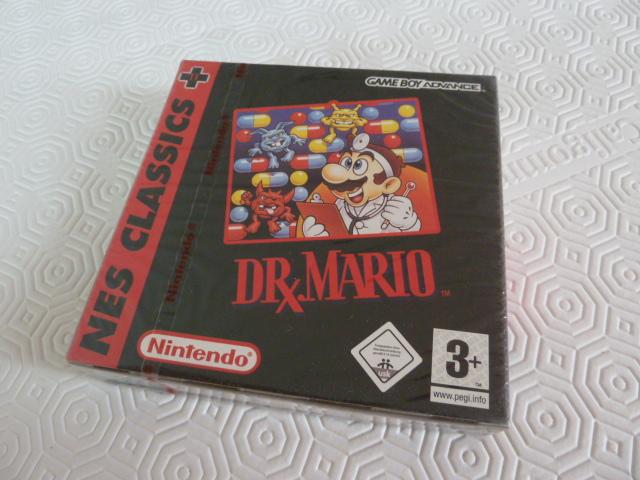"Collection de NESmania²  "" Gamecube sous blister ""  Dr_mar11"