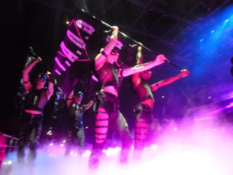 [Musique] Lady Gaga (nouvel album, Joanne, sorti le 21/10) - Page 7 P1070215