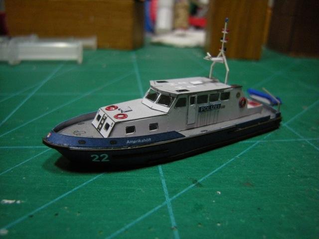 Hafenfahrzeuge 1 von HMV 1:250 - Seite 2 Dscn5010