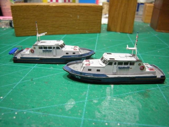 Hafenfahrzeuge 1 von HMV 1:250 - Seite 2 Dscn5013