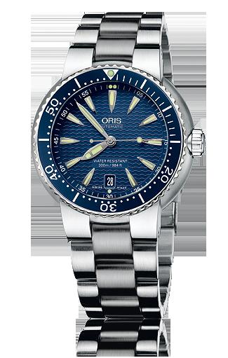 Recherche d'une montre bleue 2452_710