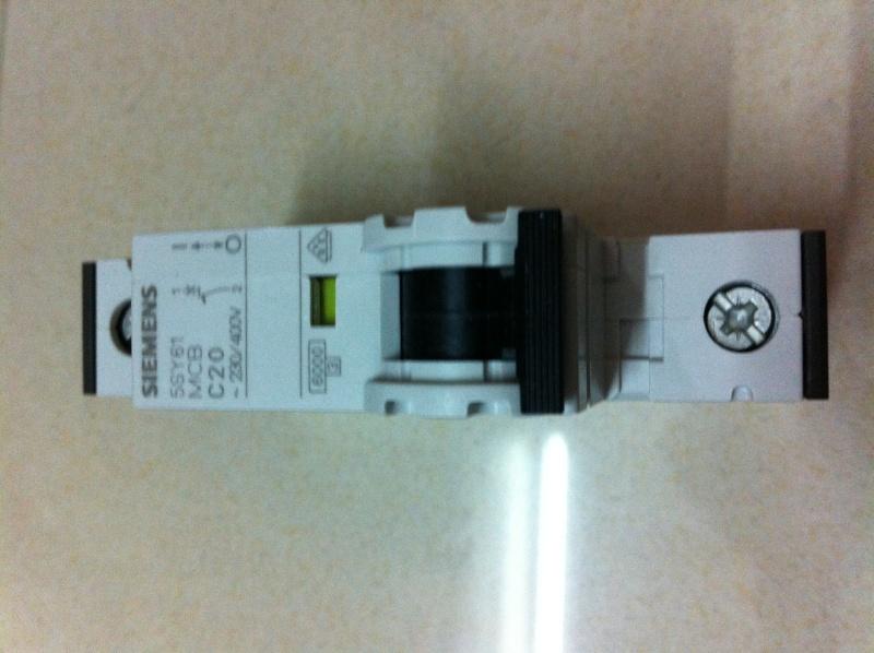 Sine Cryo Fuse Banana Plugs Mcb Amp Main Switch New