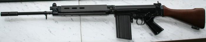 FN FAL 50.00 191010