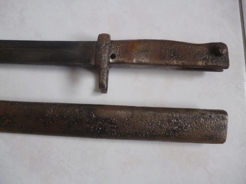 baionette sans aucune marque.... P1220912