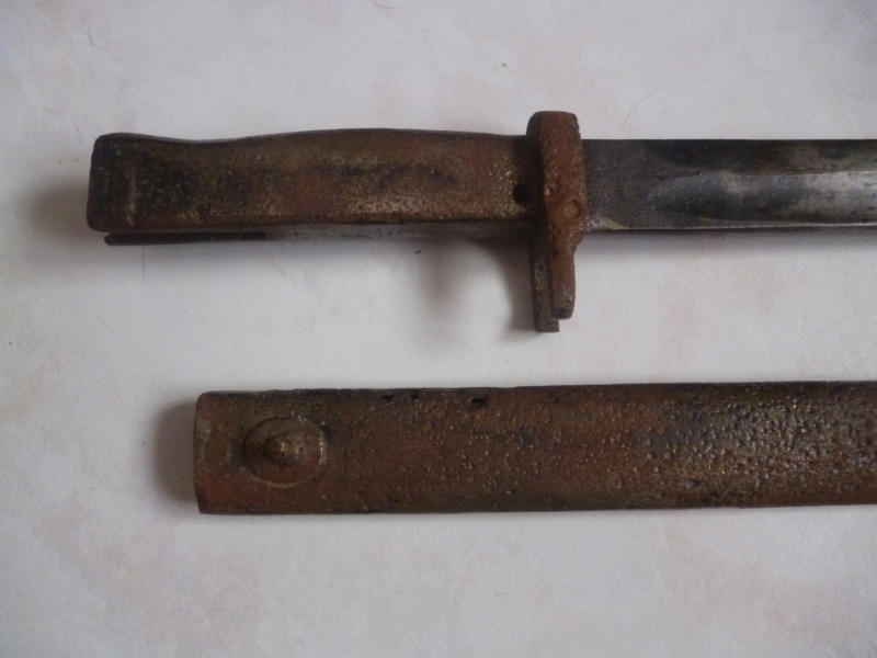 baionette sans aucune marque.... P1220913
