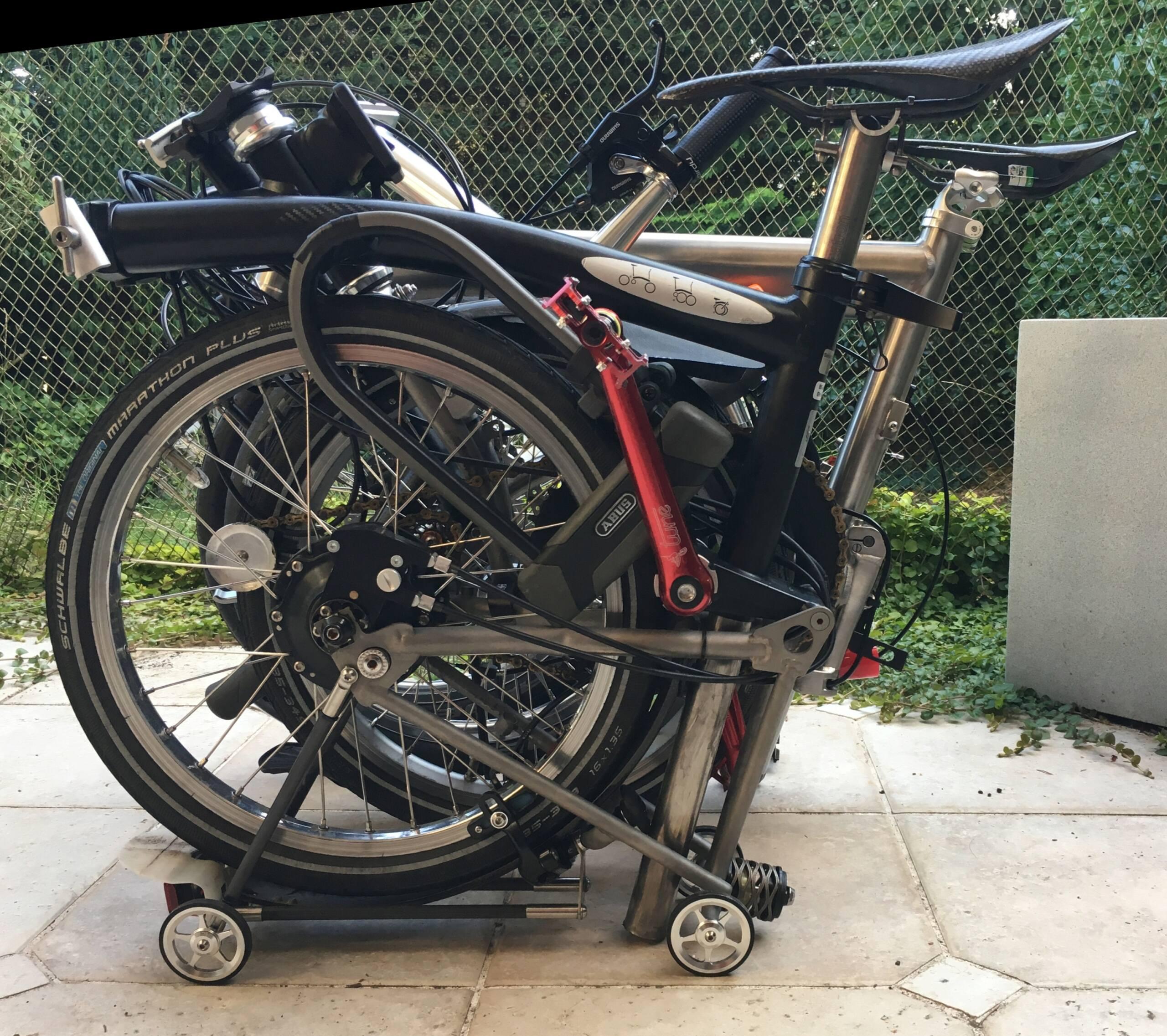 Ahooga : vélo pliable - Page 3 B-b3c11
