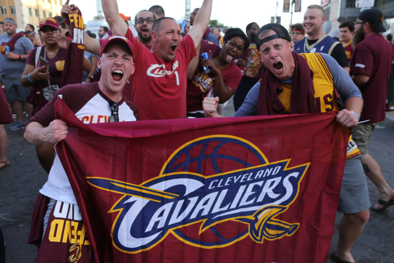 Cavaliers Land Clevel10