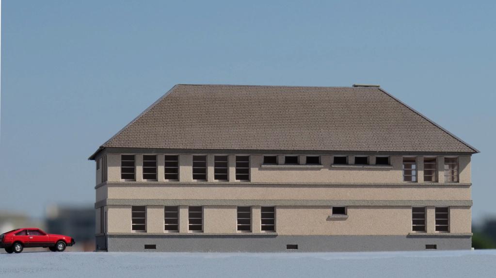 [Cités Miniatures] Grand bâtiment administratif R+1 - Echelle N Bf-01211