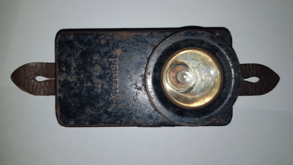 Lampe pertrix n* 677 15486113