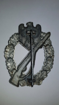 Infantry assault badge  15554112
