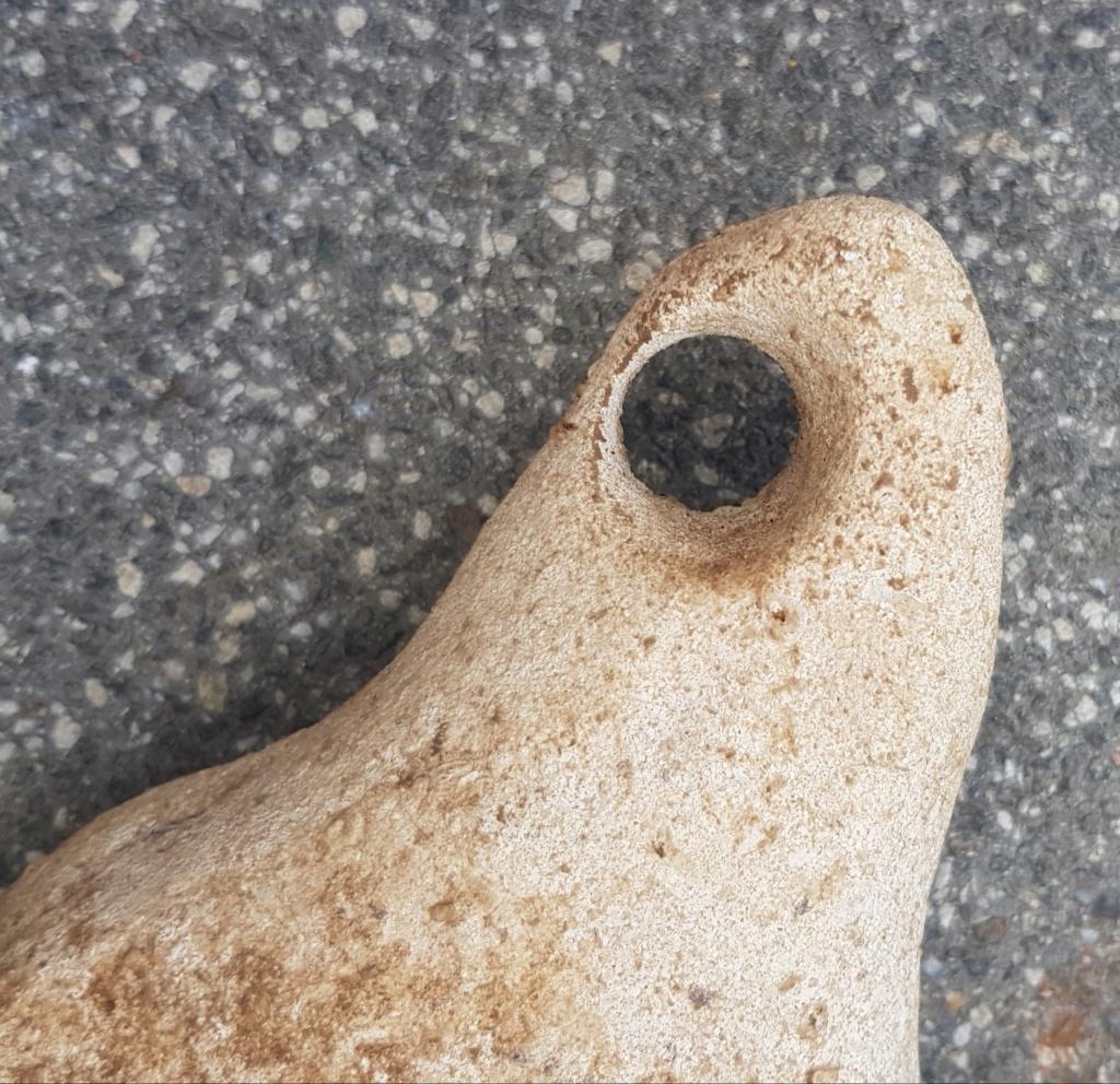 Hache antique en pierre ? 20190824