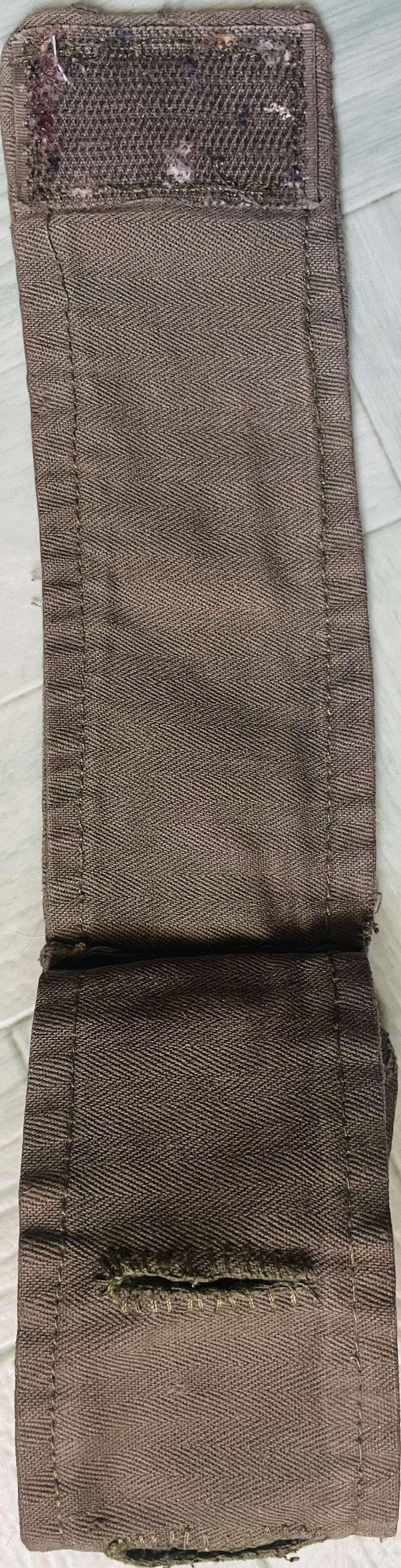 Un accessoire français contre le sable chaud  658fd010