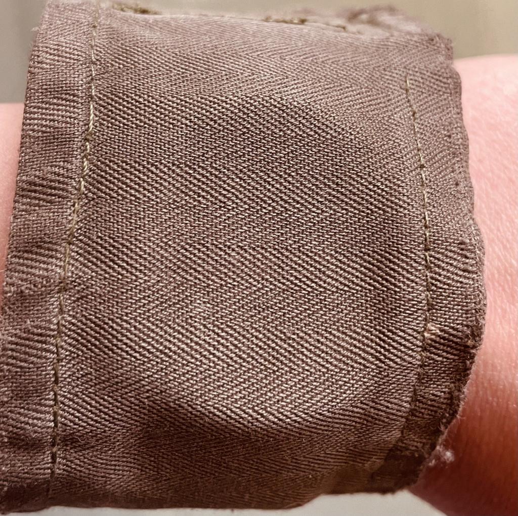 Un accessoire français contre le sable chaud  Cfceab10