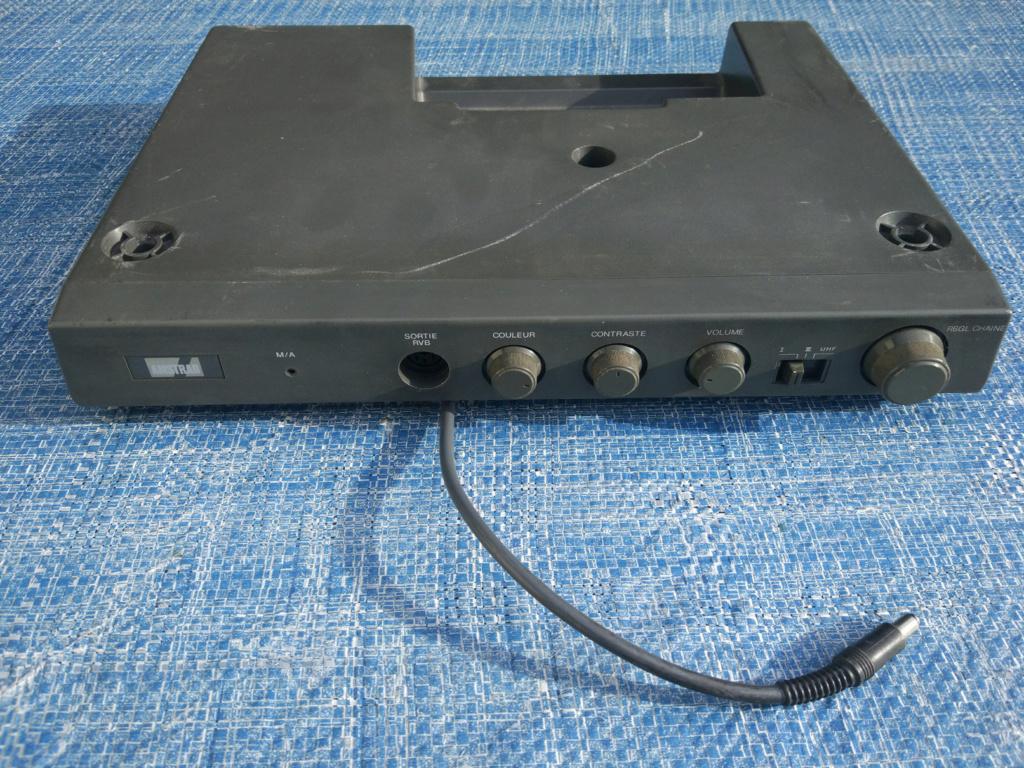 [VDS] Moniteur Amstrad CTM 644, Tuner MP-3 Img-0037