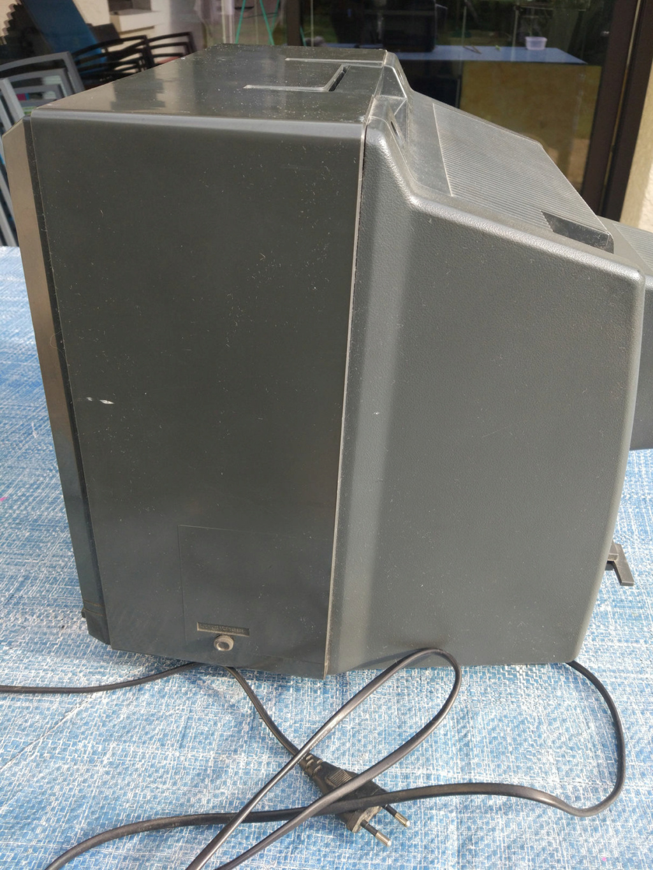 [VDS] Moniteur Amstrad CTM 644, Tuner MP-3 Img-0113