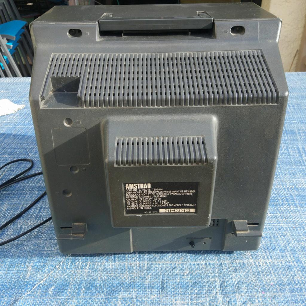 [VDS] Moniteur Amstrad CTM 644, Tuner MP-3 Img-0114