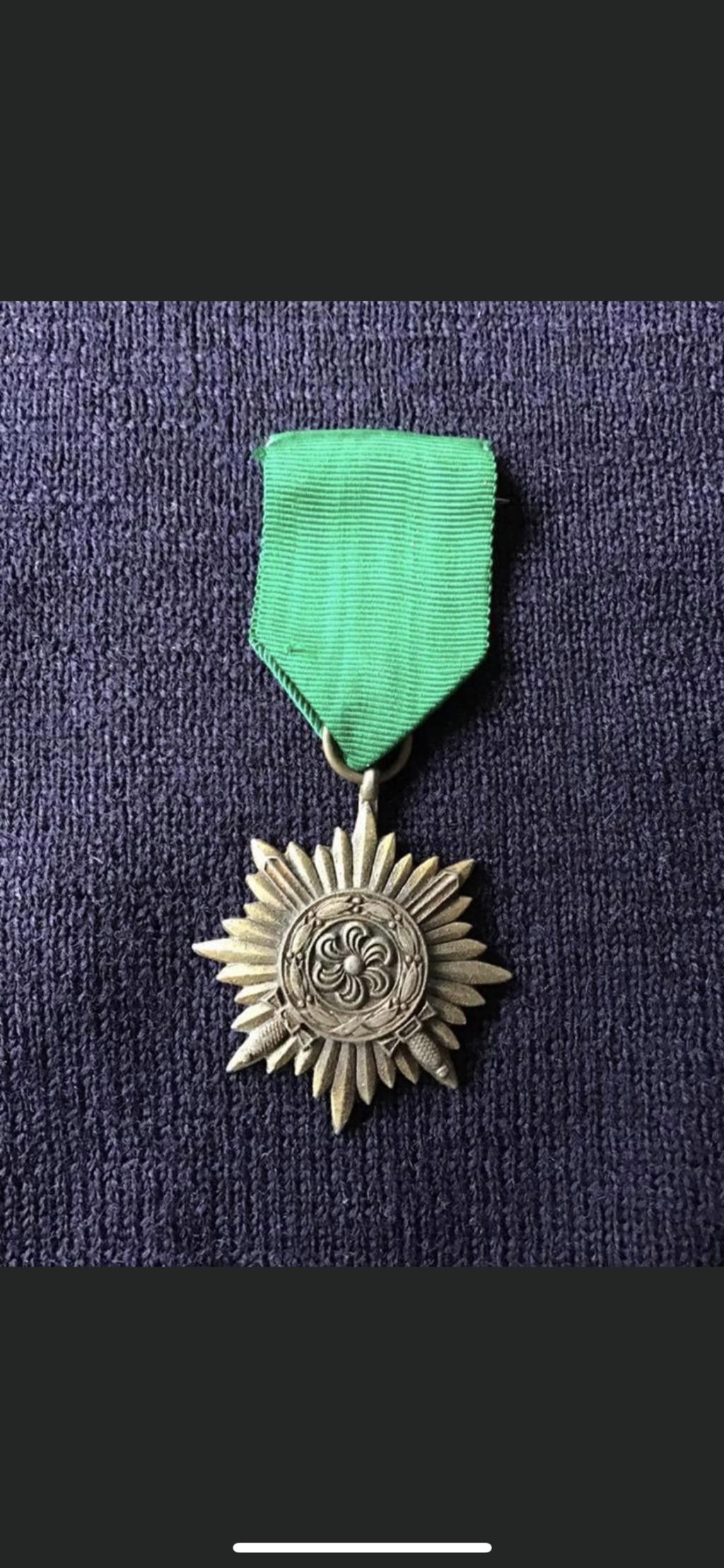 Médaille des volontaires de l'est  876e9710