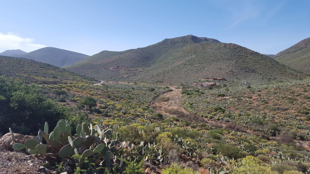 [Maroc/Histoire, Accueil...] HIstoire du téléphérique abandonne de Sidi Ifni 3466a910