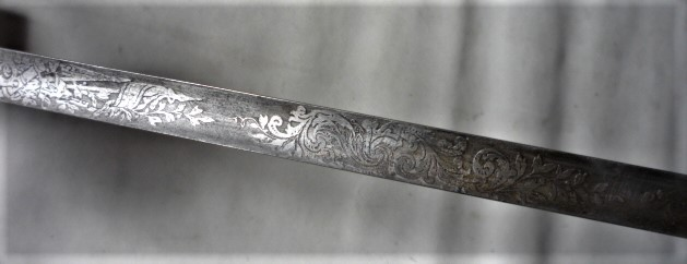 épées à bouton diabolo 17j11