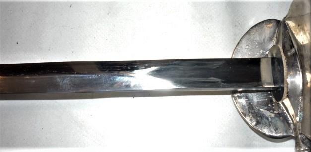 épées à bouton diabolo 20h10
