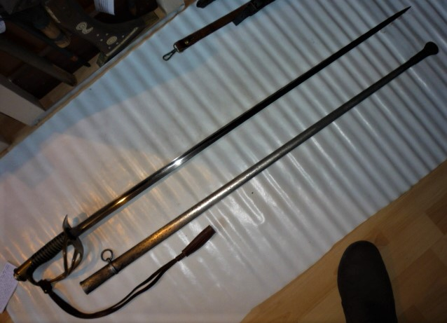 est ce un sabre de cavalerie Mle 1822/1888 de DRAGONS P1100435
