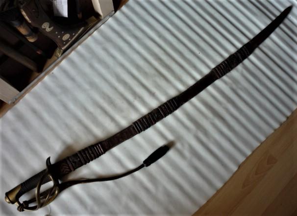est ce un sabre de cavalerie Mle 1822/1888 de DRAGONS P1100442
