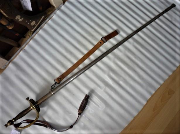épées à bouton diabolo P1100457