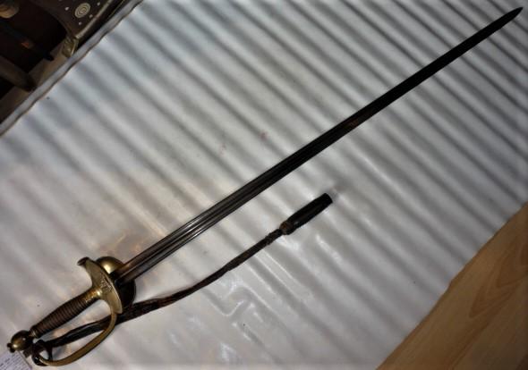 épées à bouton diabolo P1100460