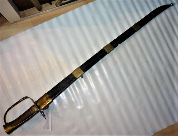 sabre à garde tournante P1100734